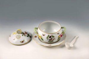 Porcellana di Herend - tazzina - museo correale